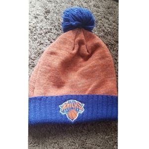 Mitchell and Ness Knicks Beanie UNISEX